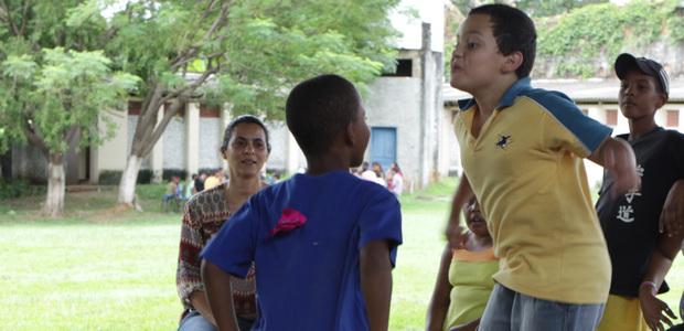 Giz, pano e mãos à obra em Minas Gerais